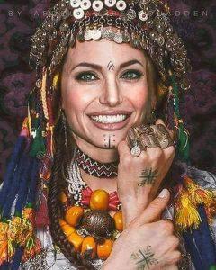 star tatouée - Angelina Jolie